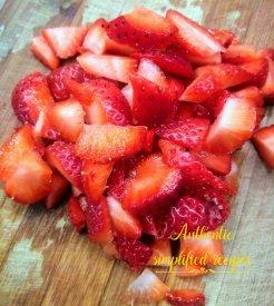 Chop the strawberries