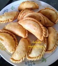Fried Gujiyas