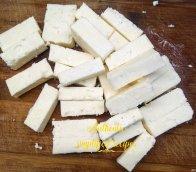 Cut the panir into rectangular pieces